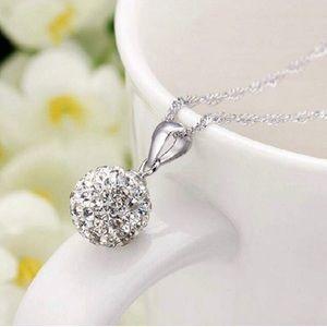 Jewelry - 925 Sliver Ball Delicate Pretty Pendant